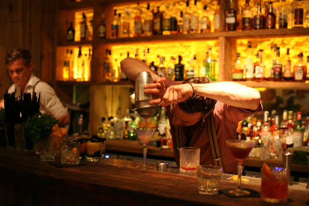 This guy is the Belgian Pollock of Action Craft Cocktail Making and the drinks are really good.