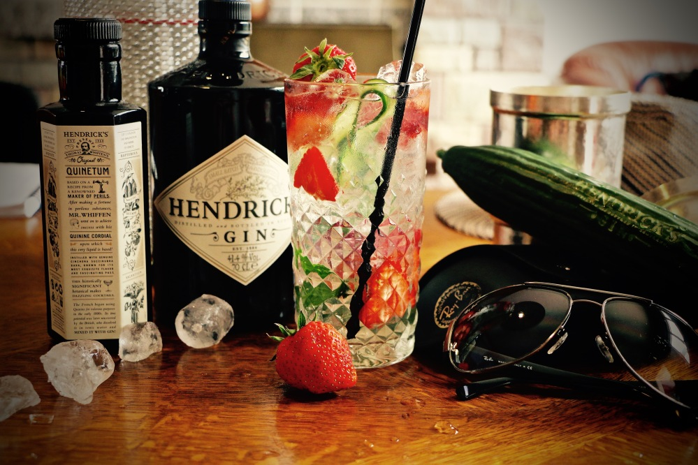 Hendrick's Gin Fizz with strawberries and cucumber